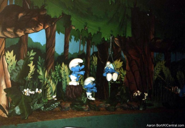 Smurfs Enchanted Village
